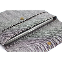 Load image into Gallery viewer, cuarteado laptop case w laptop