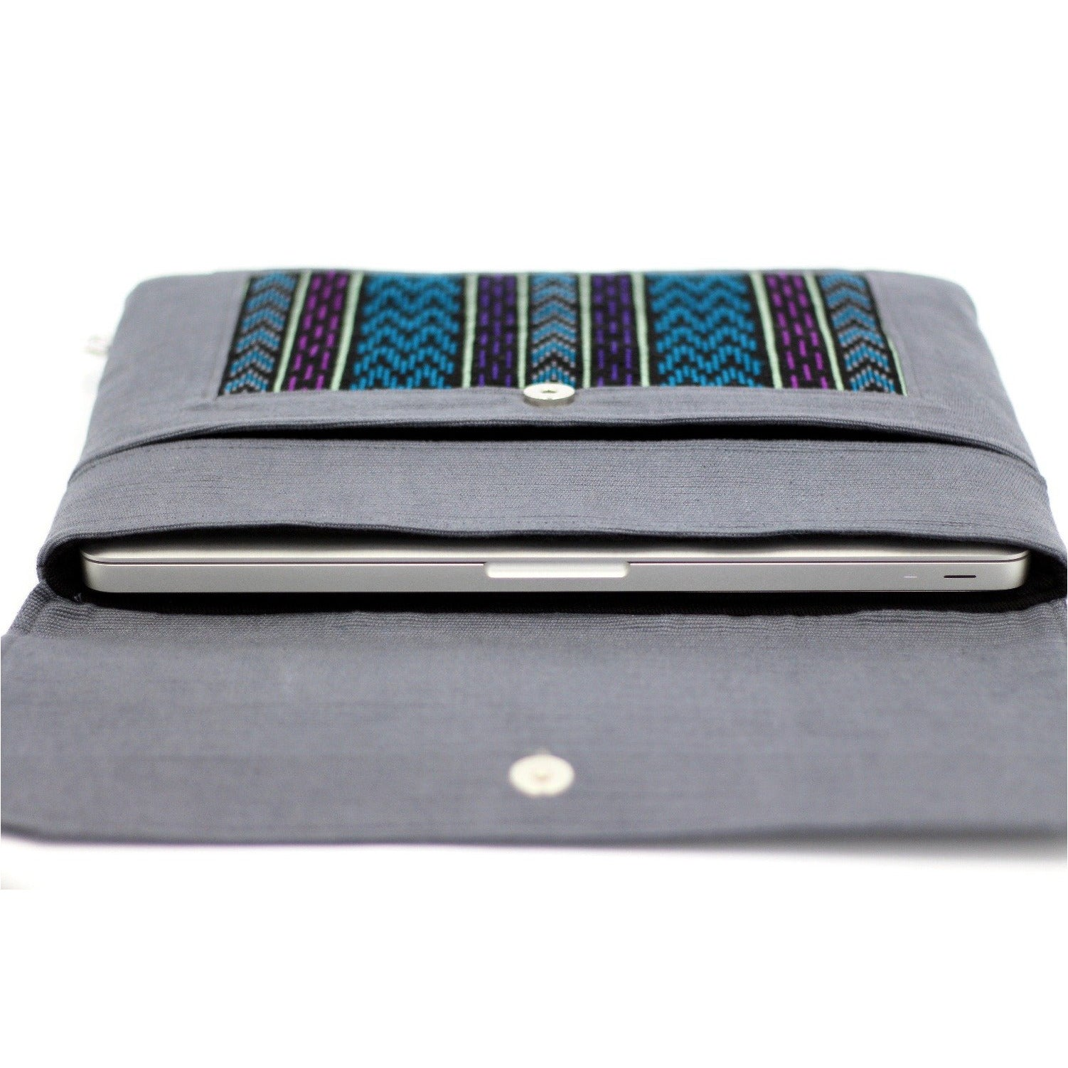 uq k'iche laptop case w laptop