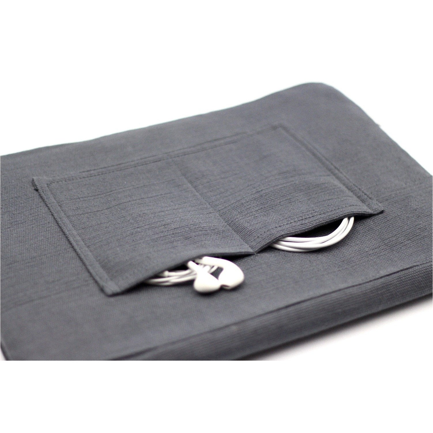 uq k'iche laptop case pockets