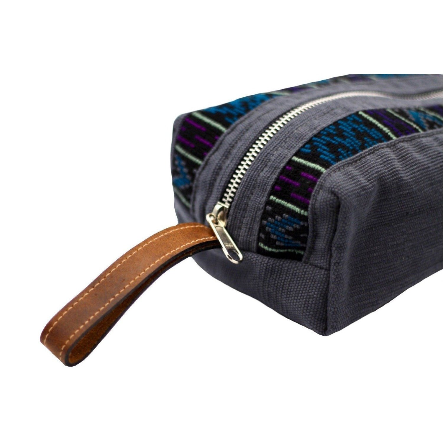 uq k'iche travel pouch zoom zipper