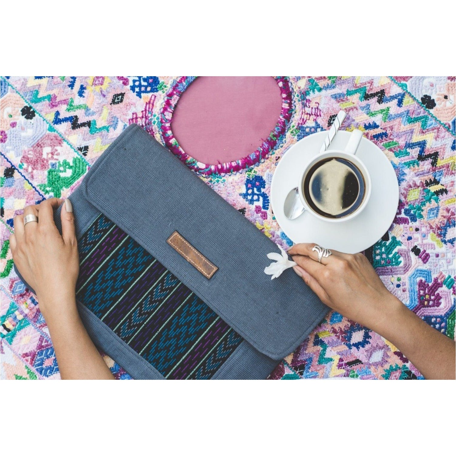 Uq K'iche' Laptop Case