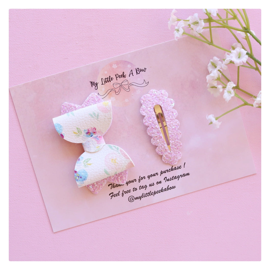 Kiarah Snap Clip set - White pastel bloom