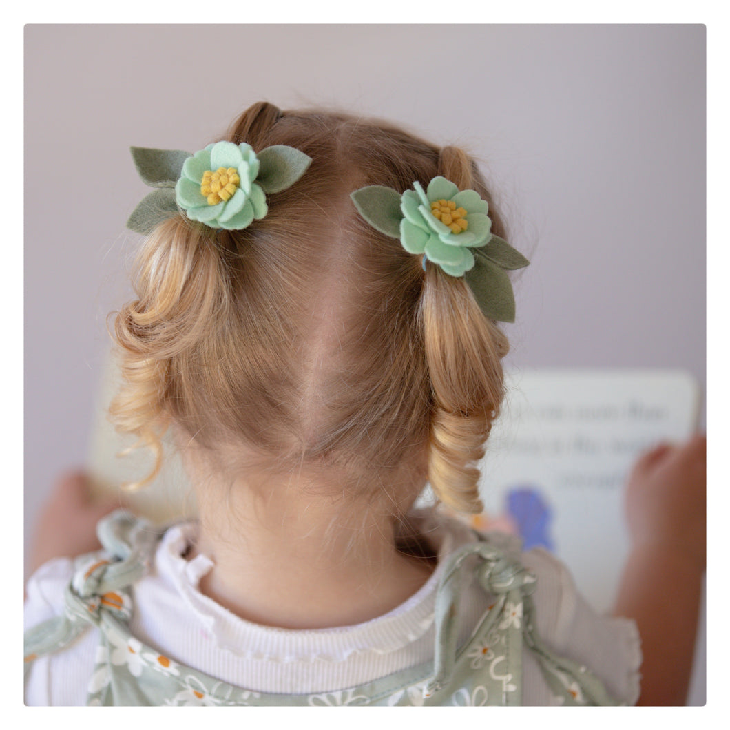 Little bloom pigtails - mint