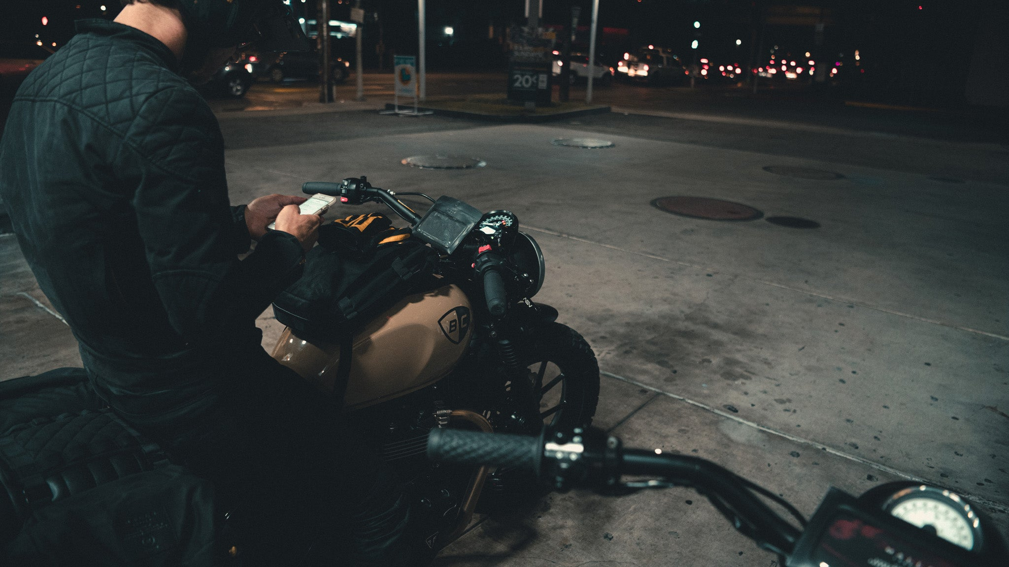 Malle London in Downtown Los Angeles on Triumph Street Twin