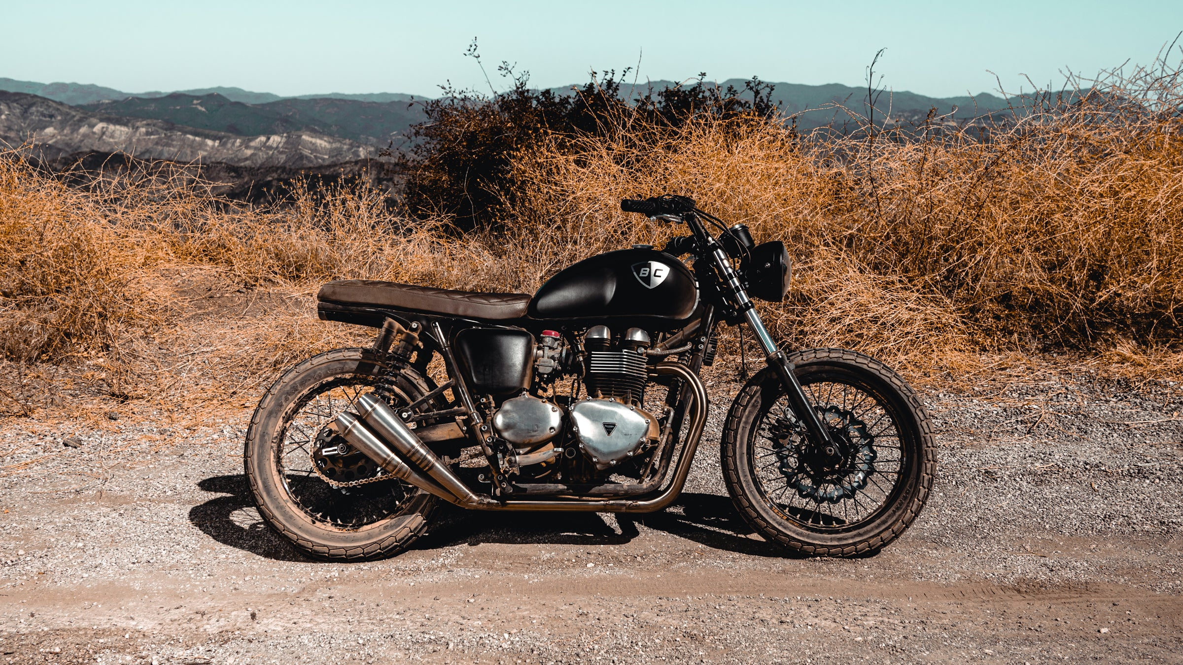 British Customs 2-2 Tracker Pipes Triumph
