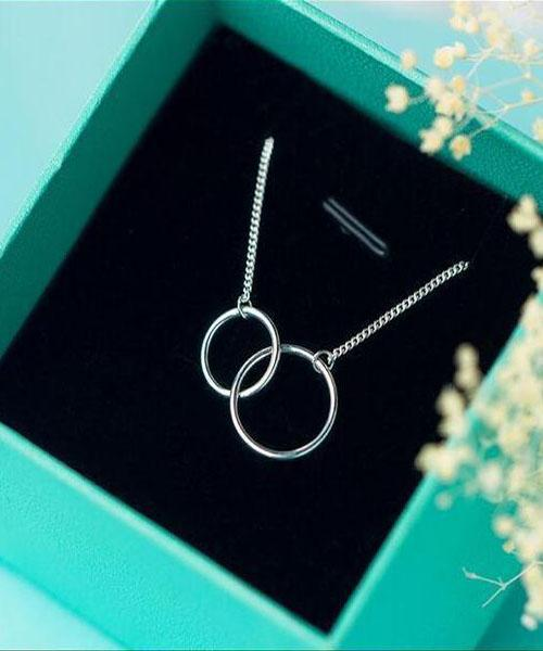 "Silver Necklaces ""interlaced rings"" ... BFF003"