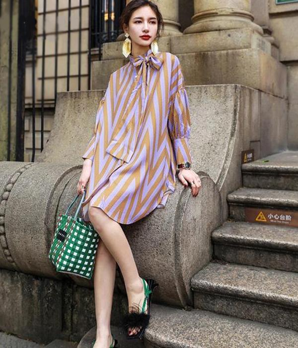 Fashion Loose Cut Dress, with Sleeves Lanterns Printed Stripes and Decoration Tie ... RFH28