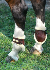 FETLOCK BOOT SHEEPSKIN LINED STUD