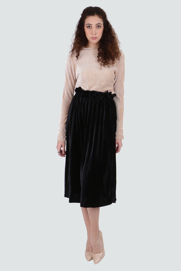 PAMILANO Pleated Skirt in Velvet - Black - PAMILANO