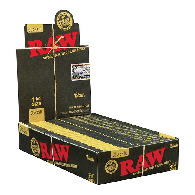RAW BLACK Natural Unrefined Rolling Papers