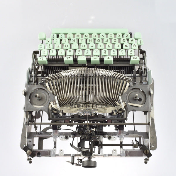Hermes typewriter carriage removal