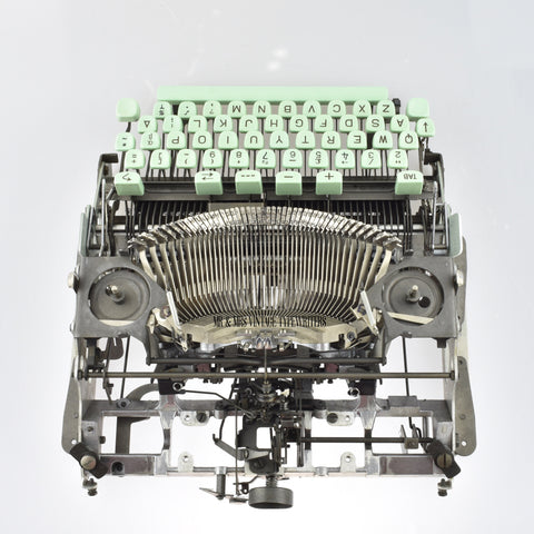 Hermes 3000 Typewriter carriage removed