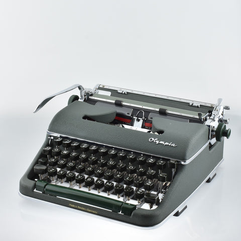 Heavy duty Olympia SM4 typewriter