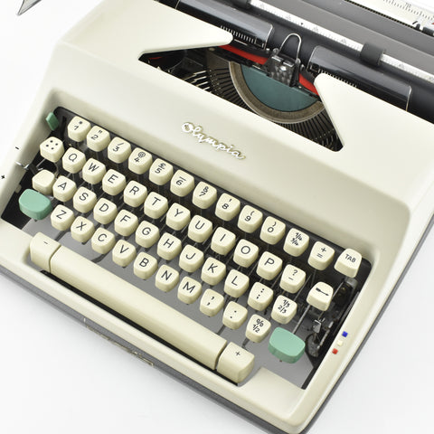 Olympia SM9 typewriter is smooth to type on