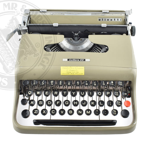 Olivetti Lettera 22 Typewriter from David Rain | Tom Arden