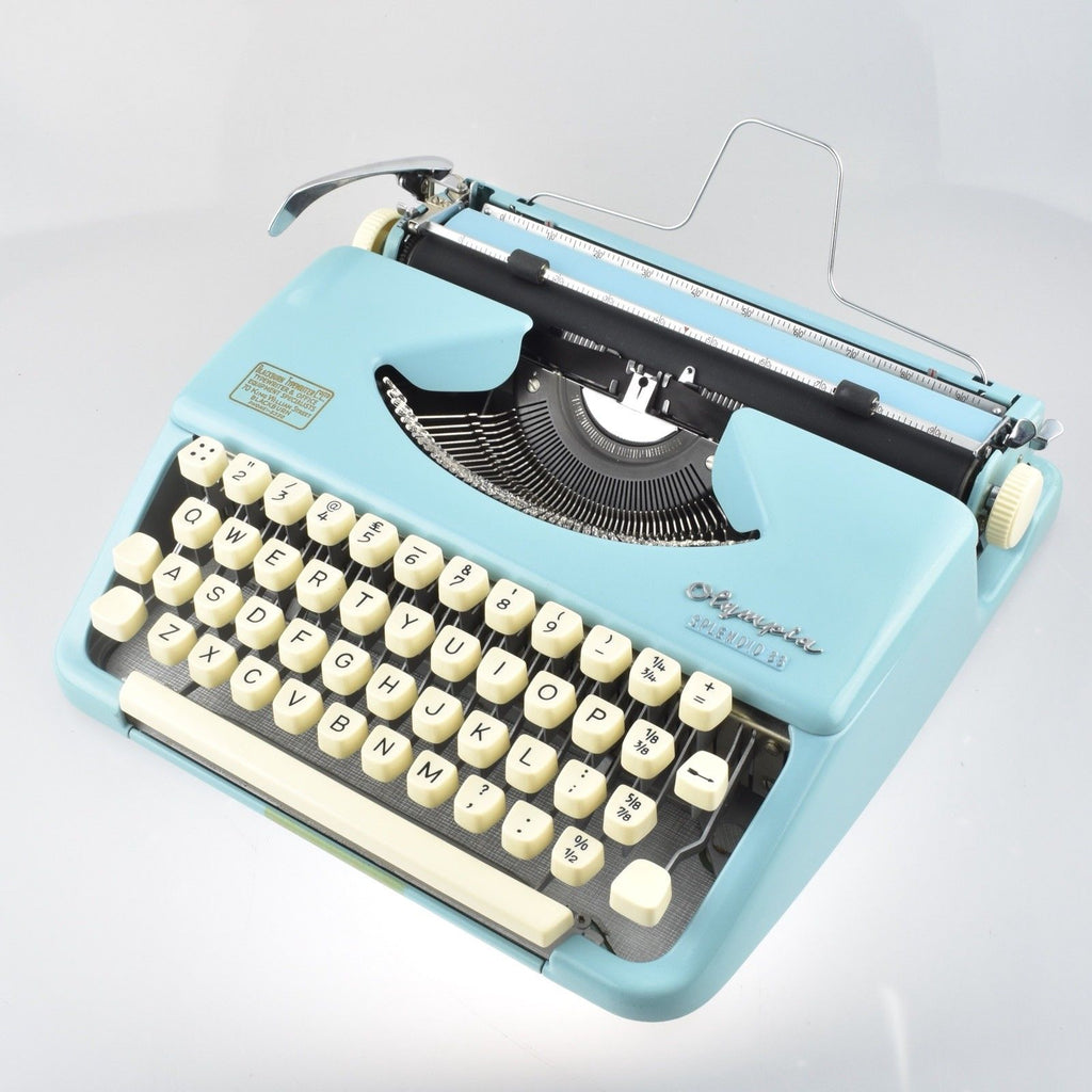 Professionally Serviced Working Olympia Splendid 33 Blue Typewriter