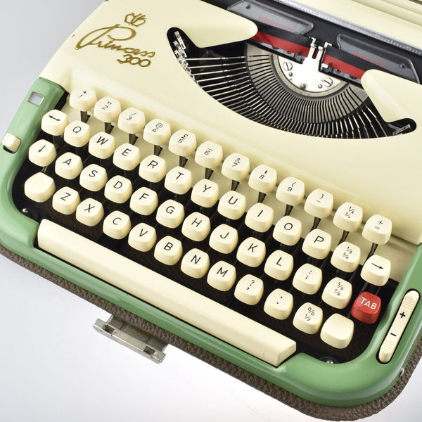 Professionally Serviced Working Princess 300 Typewriter