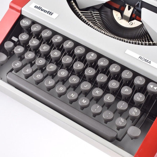 Professionally Serviced Working Olivetti ROMA Typewriter