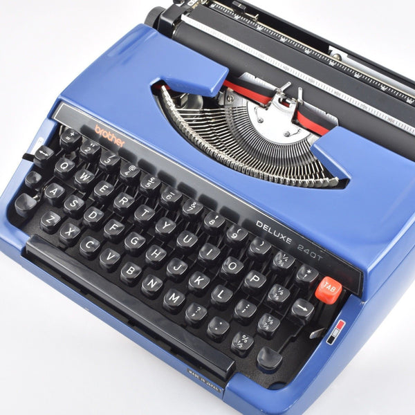 Brother De luxe 240T Typewriter