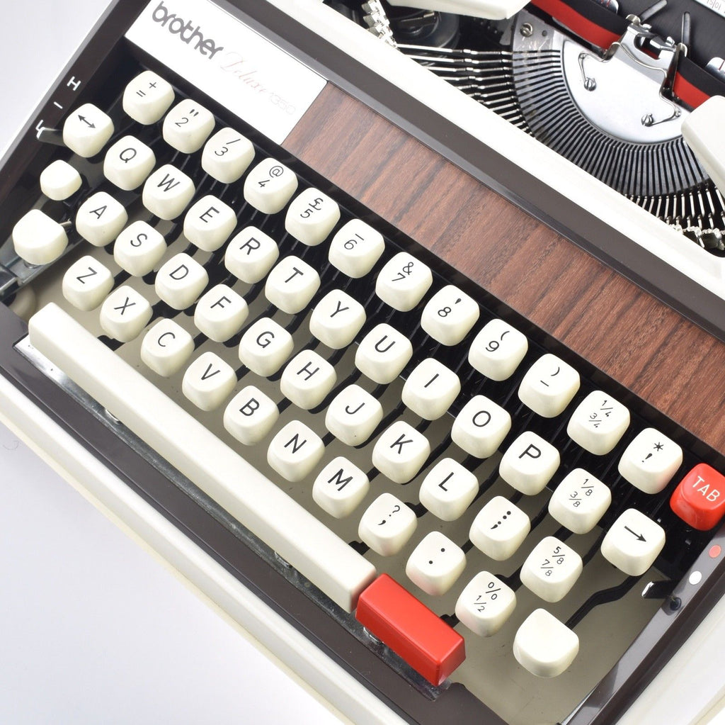 Brother De luxe 1350 Typewriter