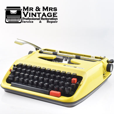 Brother 440 TR Typewriter in Mustard Yellow
