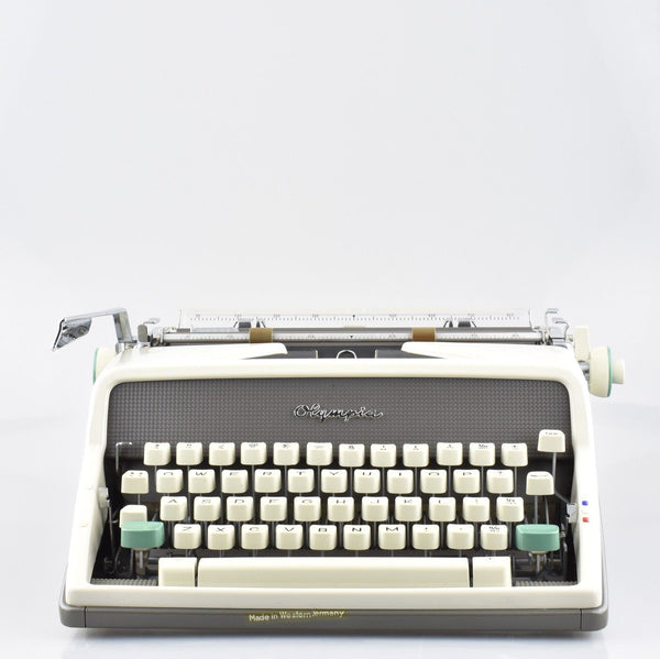 Pristine SM7 by Olympia Typewriter in Light Grey