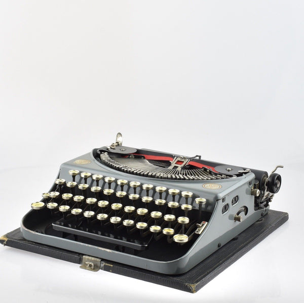 Professionally Serviced Working Smith Premier Typewriter
