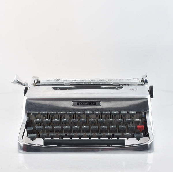 Olivetti Lettera 32 Typewriter Working Chrome colour like Stripped paint