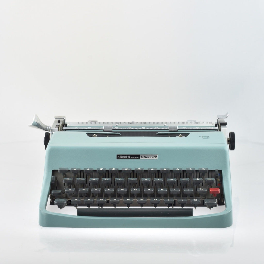 By Mr & Mrs Vintage Typewriters - 100% Genuinely Serviced Working  Olivetti Lettera