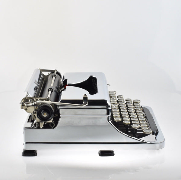 Chrome plated Royal O Typewriter in Pristine Condition