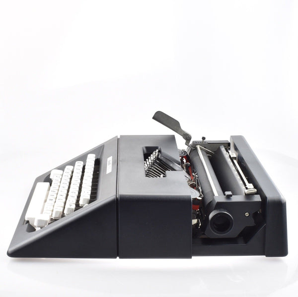 Olivetti MP 90 Typewriter