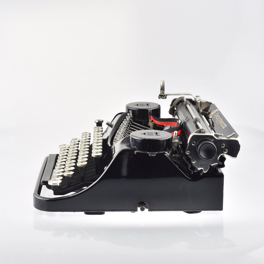 Underwood standard portable Typewriter