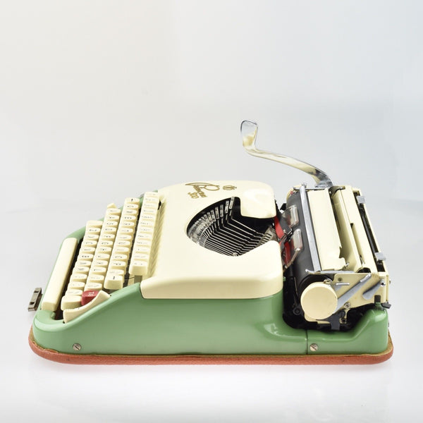 Complete Princess 300 Typewriter (Keller & Knappich)  with rare Booklets & coloured Key covers