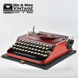 Red Remington portable number 3 Typewriter with Special Keys. ( Krs - Rs )