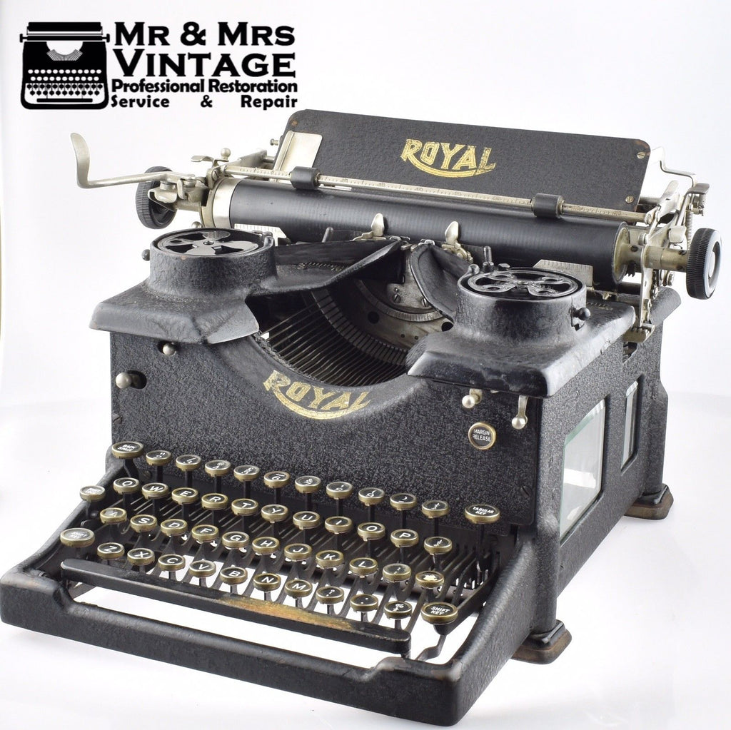 Professionally Serviced Working Royal 10 Desk Typewriter