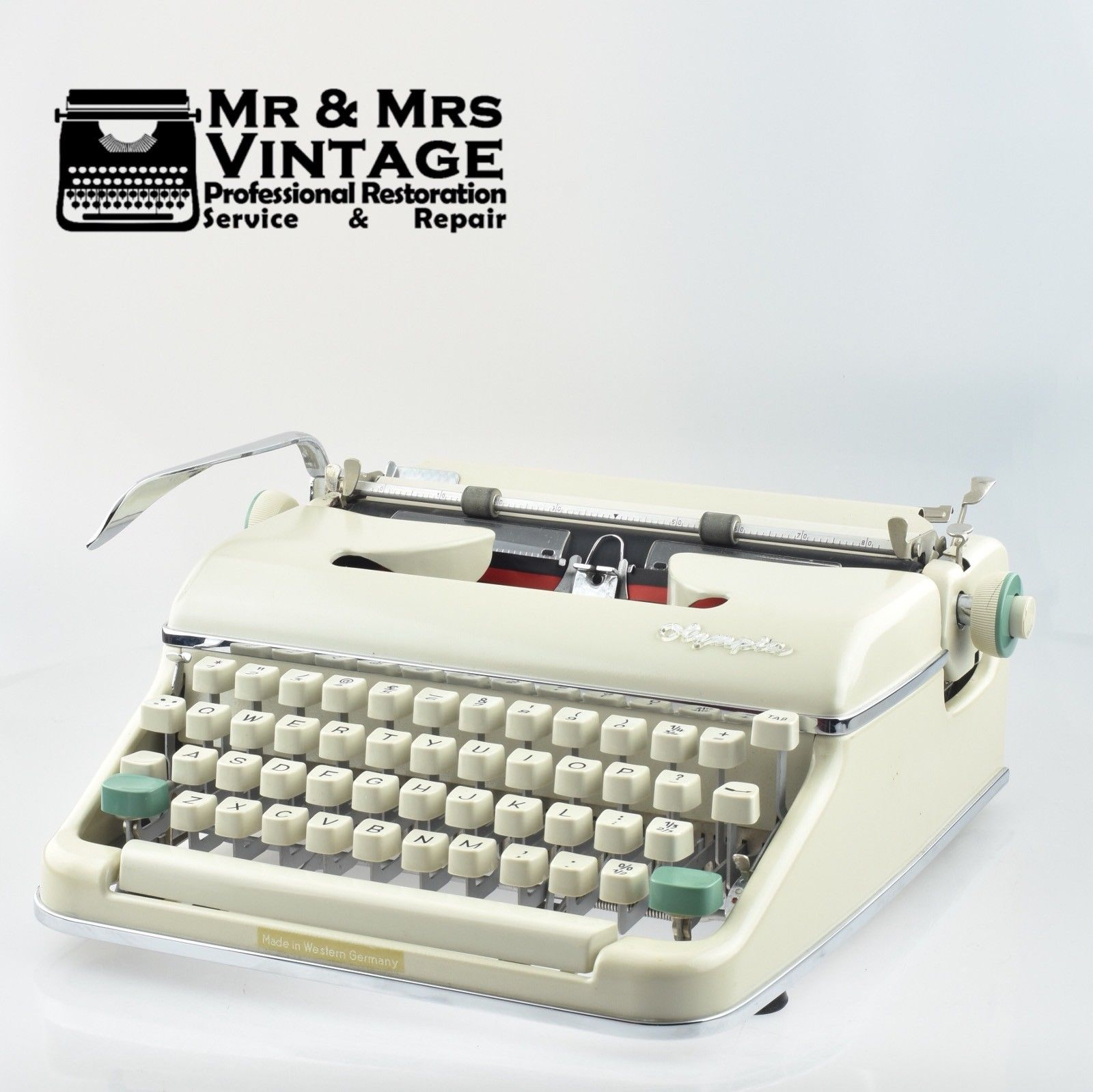 Off White Olympia SM5 Typewriter with PICA Typeface