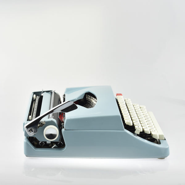 Brother De luxe Typewriter (New Platen)