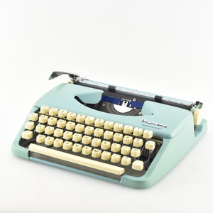 "Olympia Splendid 33 Typewriter ""Leather like Case"""