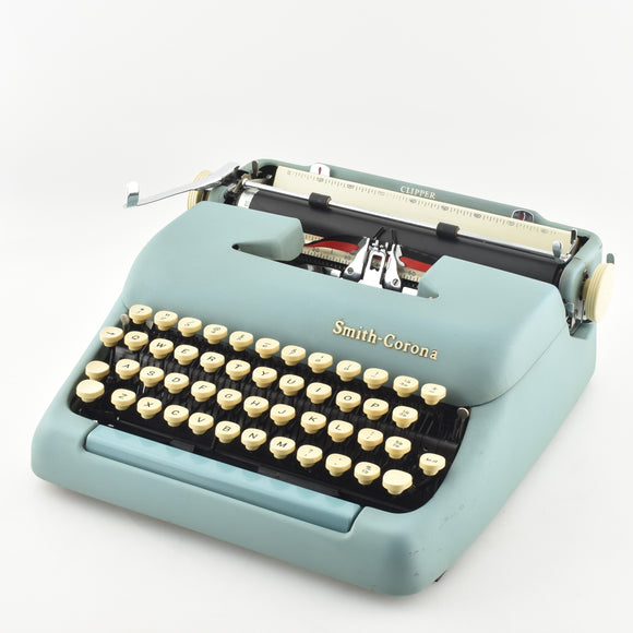 Smith Corona Clipper Typewriter