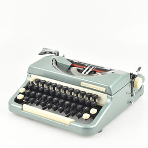Imperial Good Companion Model 6 typewriter