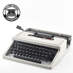 "Olivetti Dora Typewriter - French ""AZERTY"" Keyboard"