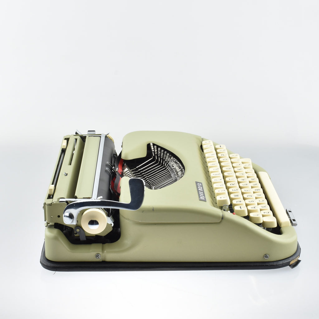 Impex Maria Typewriter