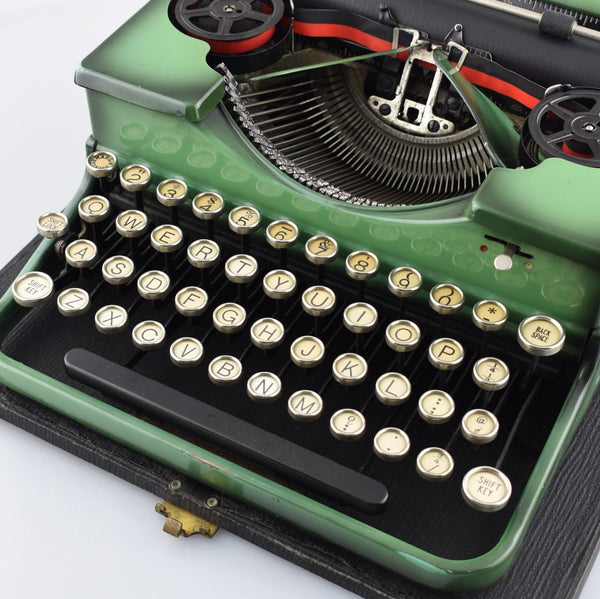 Royal P Green Typewriter  Portable Glass Keys