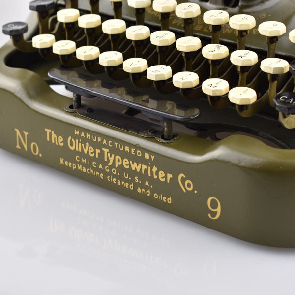 1919 Vintage Oliver Number 9 Green Typewriter Bat-wing