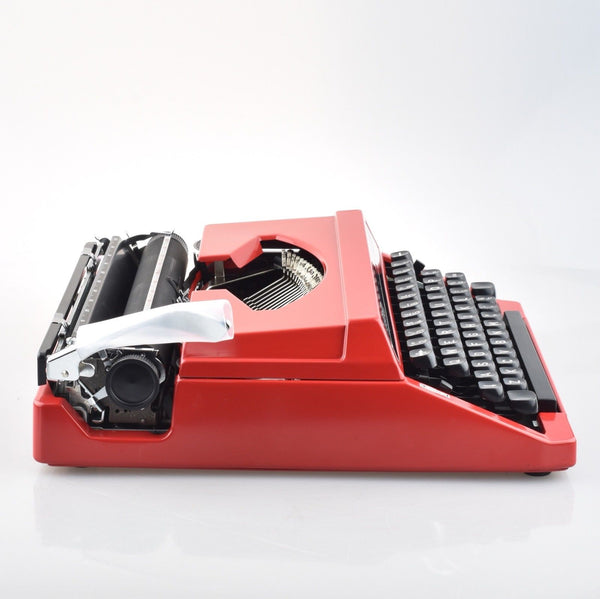 Silver Reed Leader II RED Typewriter in Box and With Packing Material