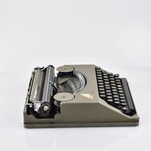 Hermes Baby (Feather Weight) Typewriter