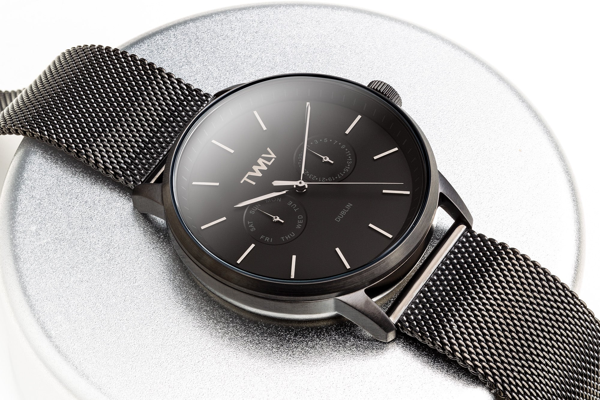 TWLV Gents Mr. King  Black Mesh Watch