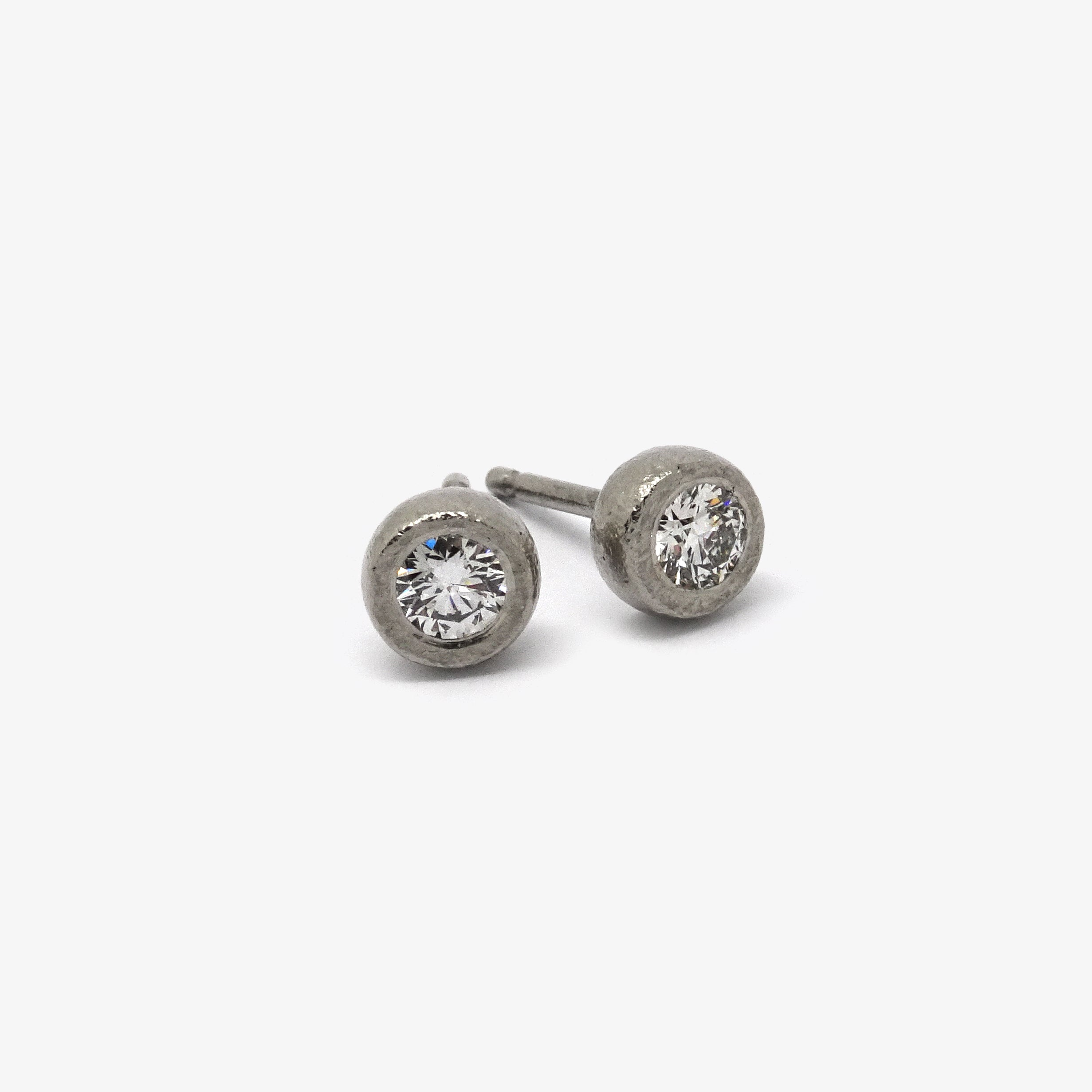 DIAMOND STUDS - 0.15CT