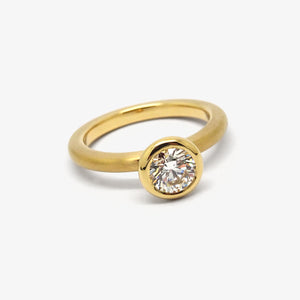 AU CASSANDRA BRILLIANT ENGAGEMENT RING