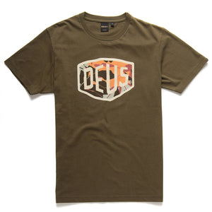 Deus Ex Machina - Chulo Shield Tee - Dark Olive